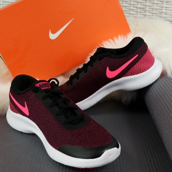 34ea4579430ff Womens Nike Flex Experience RN 7